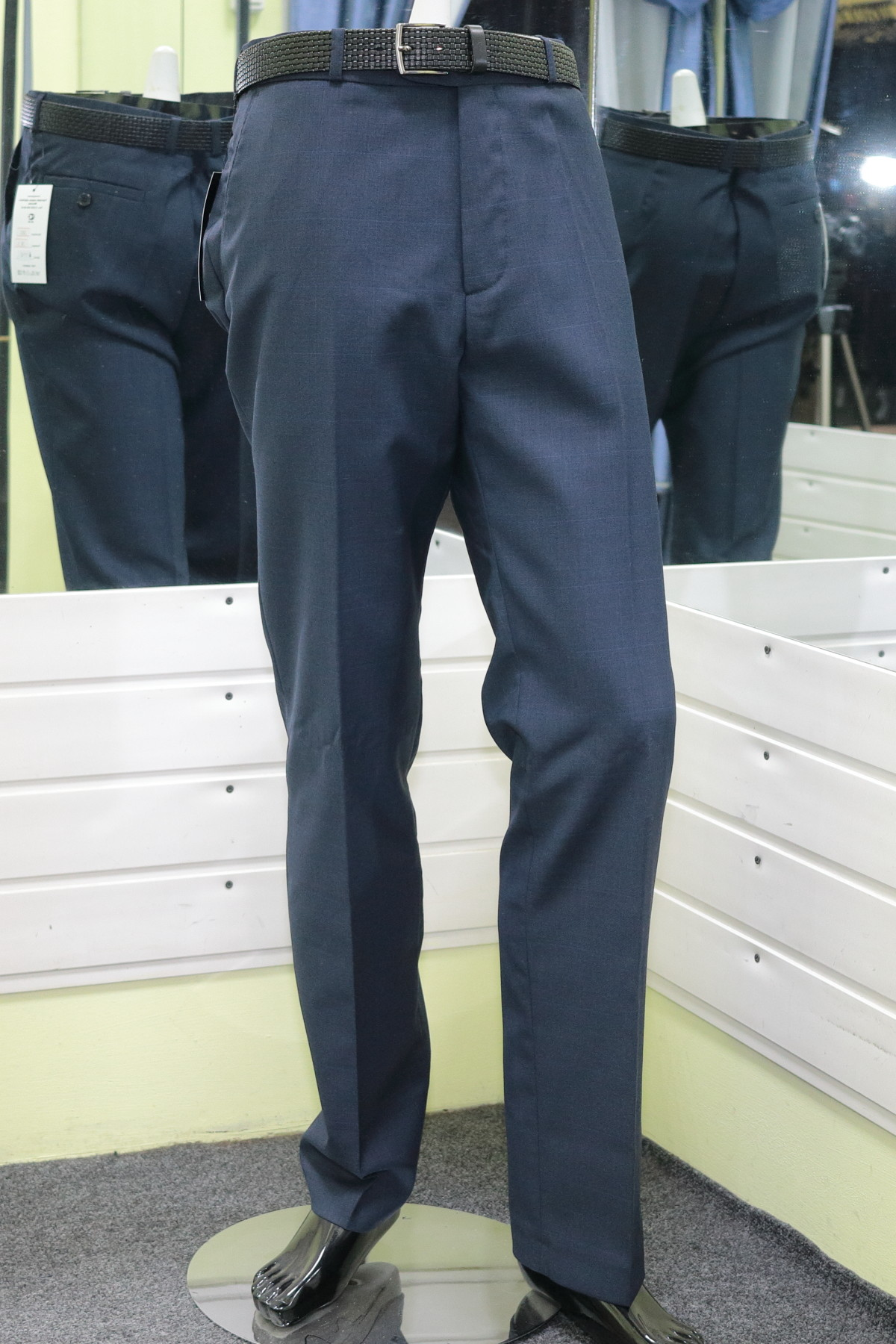 поступление мужских брюк 08.02.2020